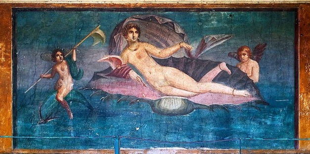 Aphrodite Anadyomene from Pompeii